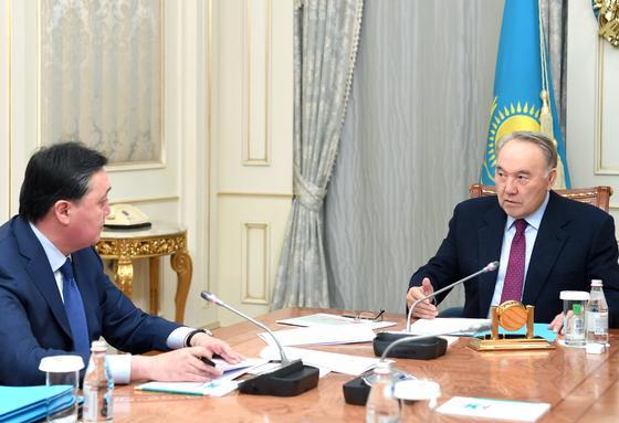 Назарбаев: Ситуация в экономике неплохая