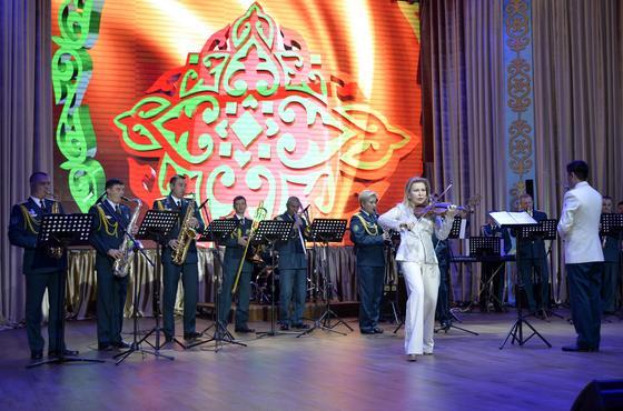 Фестиваль творческих коллективов прошел в Вооружённых Силах РК