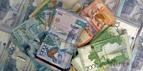 Госдолг Казахстана перевалил за 15 триллионов тенге