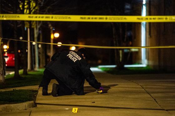 14 человек пострадало в ходе перестрелки в Чикаго