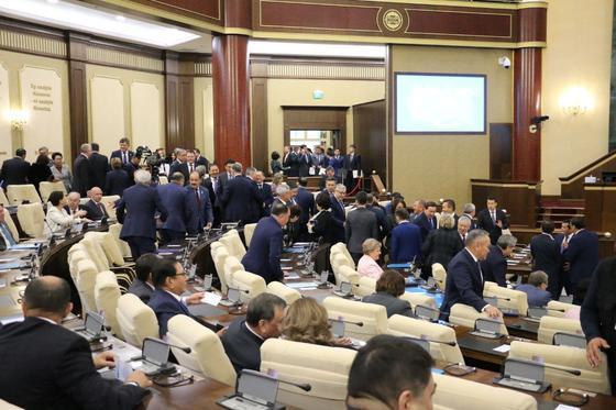 Токаев впервые выступает с Посланием народу Казахстана