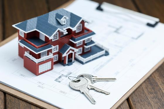 Модель дома стоит на договоре кредитования