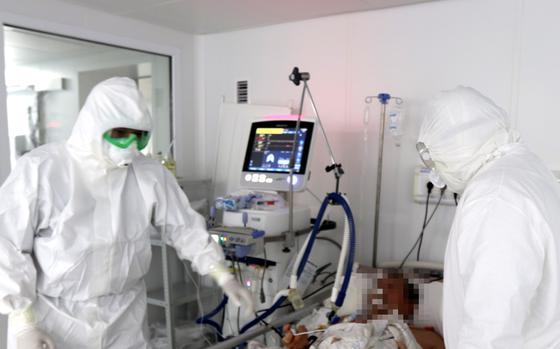 Пациента с полным поражением легких спасли в Алматы