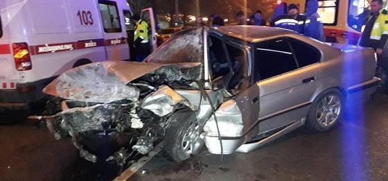 Массовая авария в Алматы: погиб водитель BMW (фото)