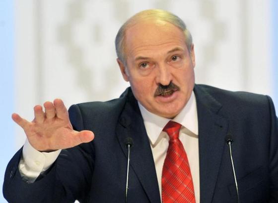Лукашенко коронавирус жұқтыру қаупінің кімде басым екенін айтты