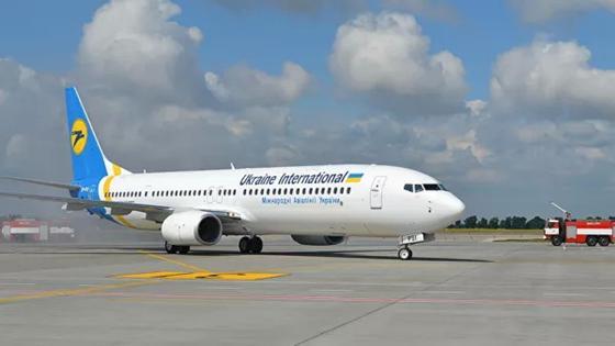Украинская авиакомпания проверяет информацию о крушении лайнера