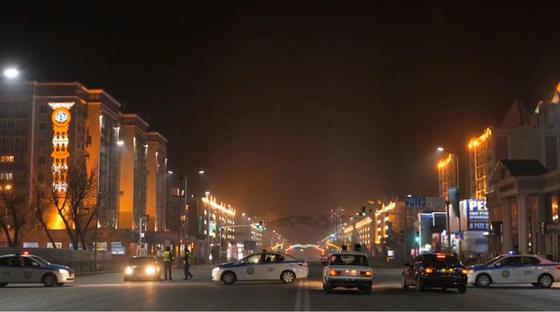 За беспричинную езду на штрафстоянки водворено почти 400 автомашин в Нур-Султане