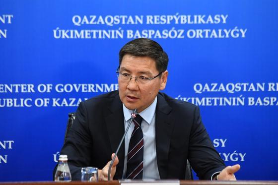 Жумагалиев освобожден от должности министра цифрового развития