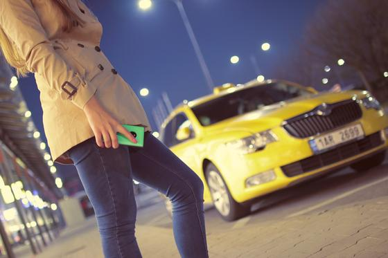 Таксиста судят в Павлодаре за изнасилование девушки-врача