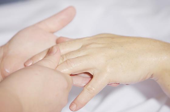 Ногти: простые способы борьбы с ломкостью