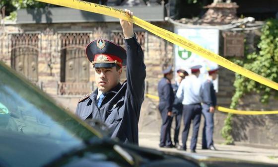 Две семьи отравились, трое детей погибли в Шымкенте: задержан подозреваемый