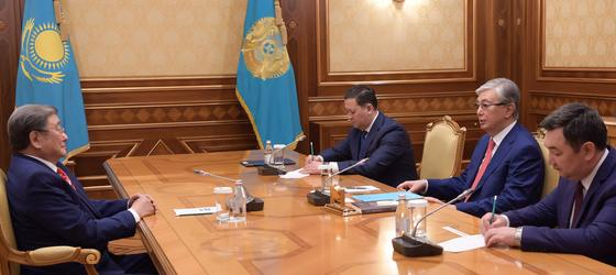 Токаев встретился с Первым Президентом Монголии
