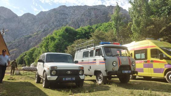 Один подросток погиб: в горах в Туркестанской области потерялись дети