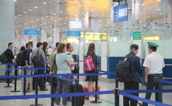 МИД дал разъяснения об ограничении на въезд и выезд из Казахстана