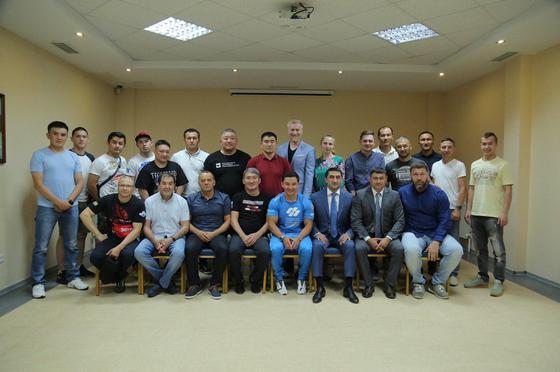 Казахстанская федерация ММА ввела правила для детей до 14 лет