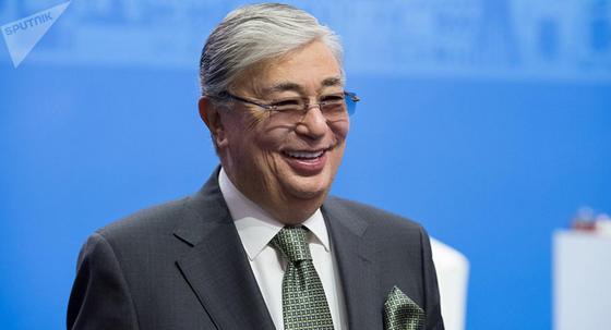 Токаев рассказал о предпринимаемых для улучшения социального положения казахстанцев мерах