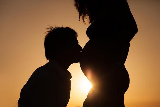 32 неделя беременности: особенности, что происходит с малышом и будущей мамой