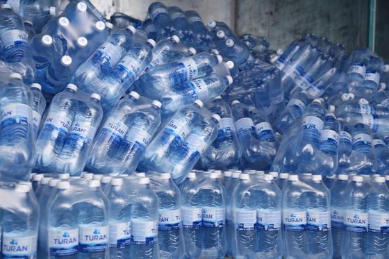 Кокшетауминводы продолжают отгрузку природной воды TURAN в больницы Казахстана