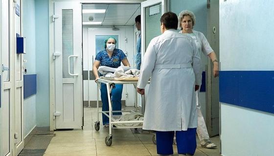 Полицейский совершил ДТП на трассе Караганда-Астана: врачи рассказали о пострадавших