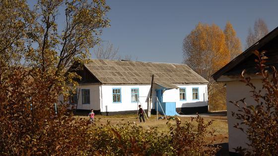 здание школы в Бибакане