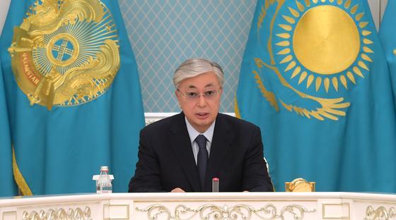 Токаев провел совещание в связи с авиакатастрофой близ Алматы