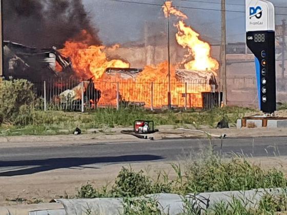 Взрыв прогремел на автозаправке в Атырау (видео)