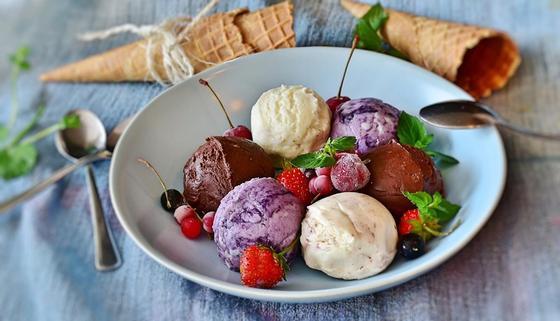 Мороженое — рецепт: как сделать дома вкусный пломбир