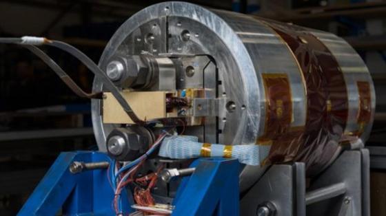 Большой адронный коллайдер маловат - физики ЦЕРНа хотят побольше. Но что он даст?