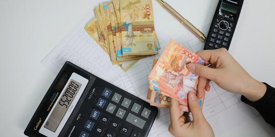 Должникам по алиментам запретят выезд на ПМЖ из Казахстана