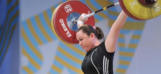 Казахстанская тяжелоатлетка стала чемпионкой Олимпиады 2008 спустя 10 лет