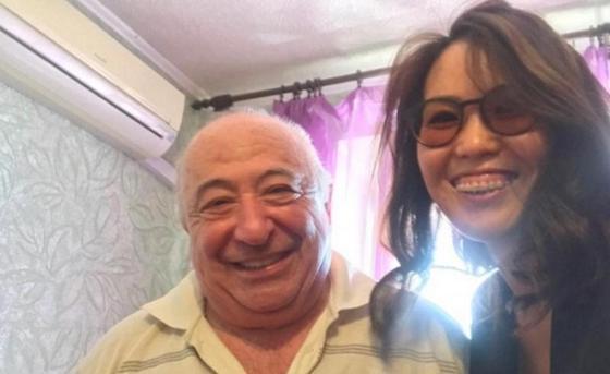 Казахстанка побывала в гостях у родителей Зеленского (фото)