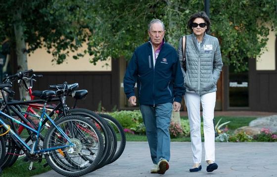 ФОТО Как выглядят жены самых богатых людей мира