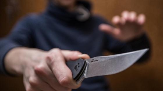 Житель Карагандинской области напал на друга с ножом