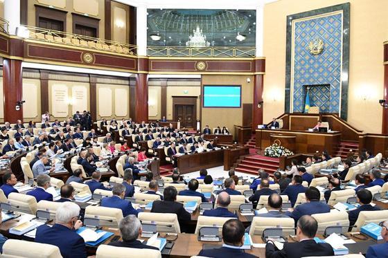 Қазақстан парламентінде оппозиция пайда болады