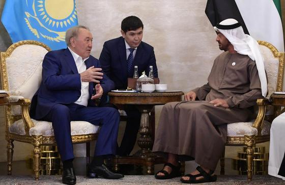 Назарбаев жұмыс сапарымен Біріккен Араб Әмірліктеріне барды