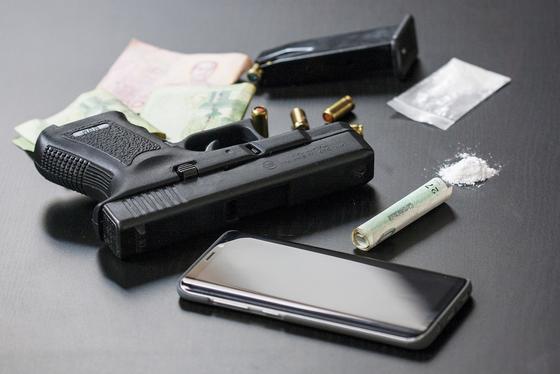 Нашли оружие и героин: спецоперацию провели в двух городах Казахстана