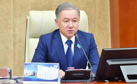 Нигматулин снова созвал совместное заседание палат парламента