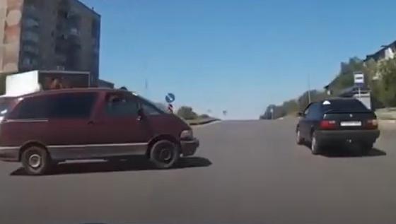 Водителя Toyota из Темиртау наказали после видео в соцсетях