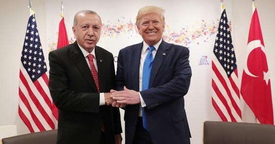 Эрдоган: Трамп передумал вводить санкции против Турции за С-400