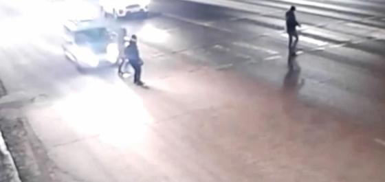 Пьяный мужчина насмерть сбил женщину на угнанном авто в Нур-Султане (видео)