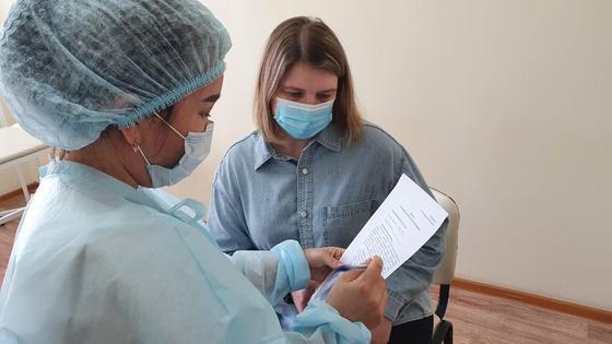 Прививки от КВИ учителям
