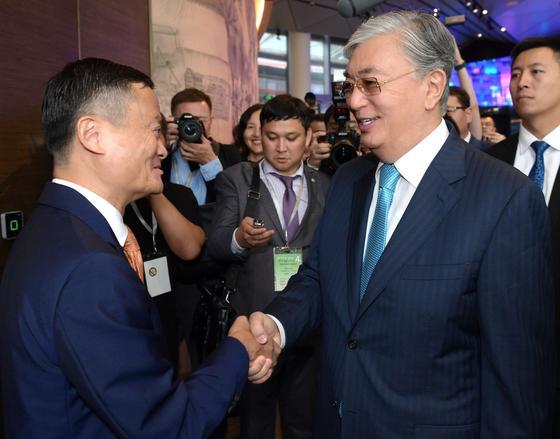 Тоқаев Alibaba негізін қалаушы атақты миллиардер Джек Мамен кездесті