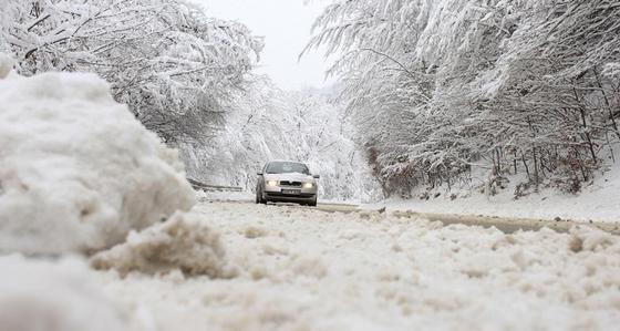 Штормовое предупреждение объявили в ряде областей Казахстана