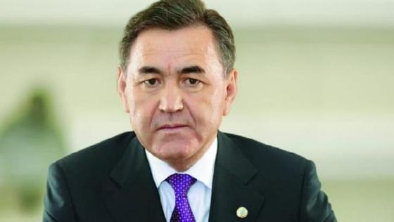 Назарбаев назначил Касымбекова руководителем канцелярии первого президента
