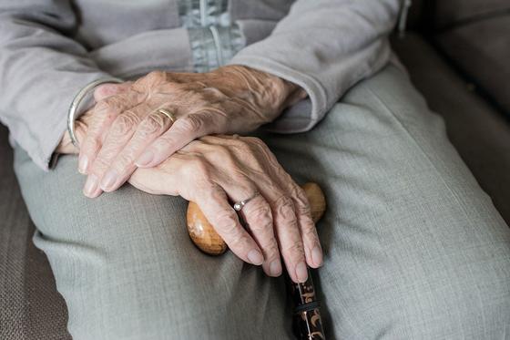 Дом престарелых в Уральске нуждается в специалистах