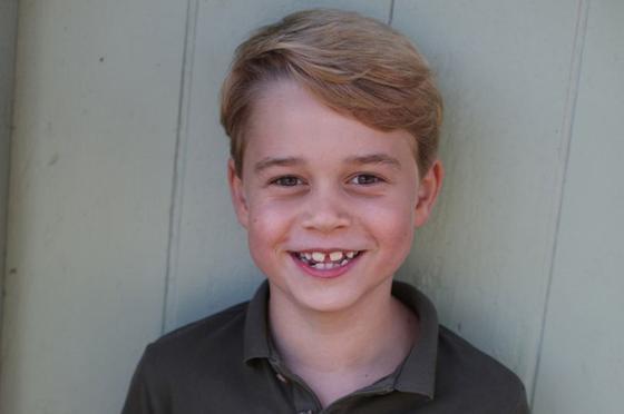 Новые фотографии принца Джорджа опубликовали в честь его 7-летия