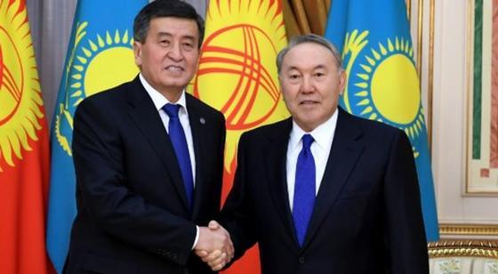Назарбаев с Жээнбековым обменялись поздравлениями