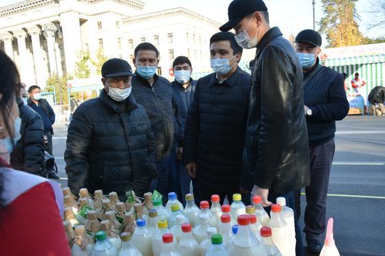 Ярмарка в Алматы