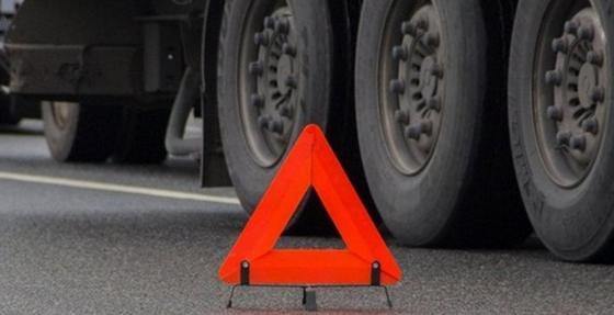 Водителя КамаАЗа раздавил собственный грузовик в Павлодаре
