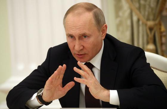 Опубликована статья Путина о Второй Мировой войне